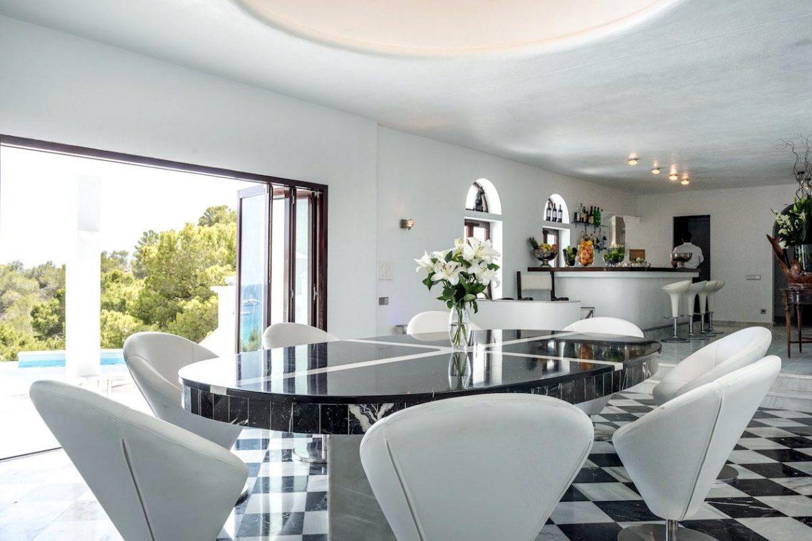Waterfront luxury villa Ibiza for rent 11