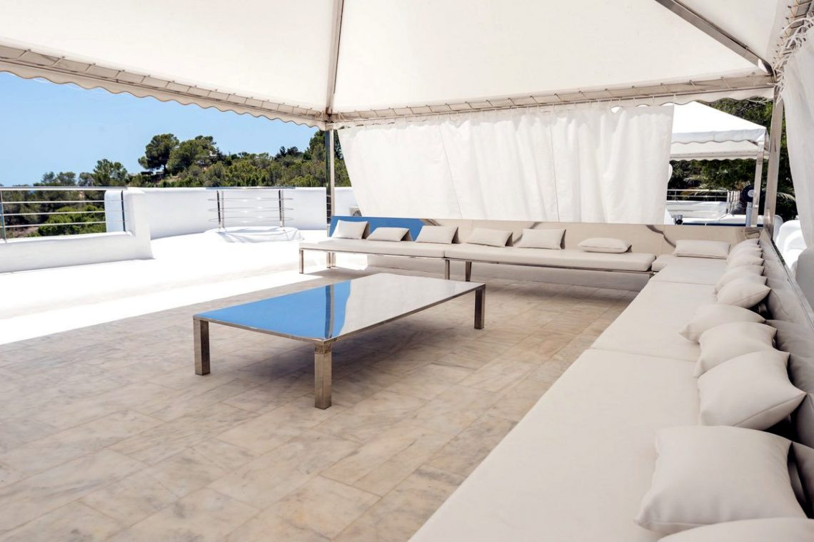 Waterfront luxury villa Ibiza for rent 15