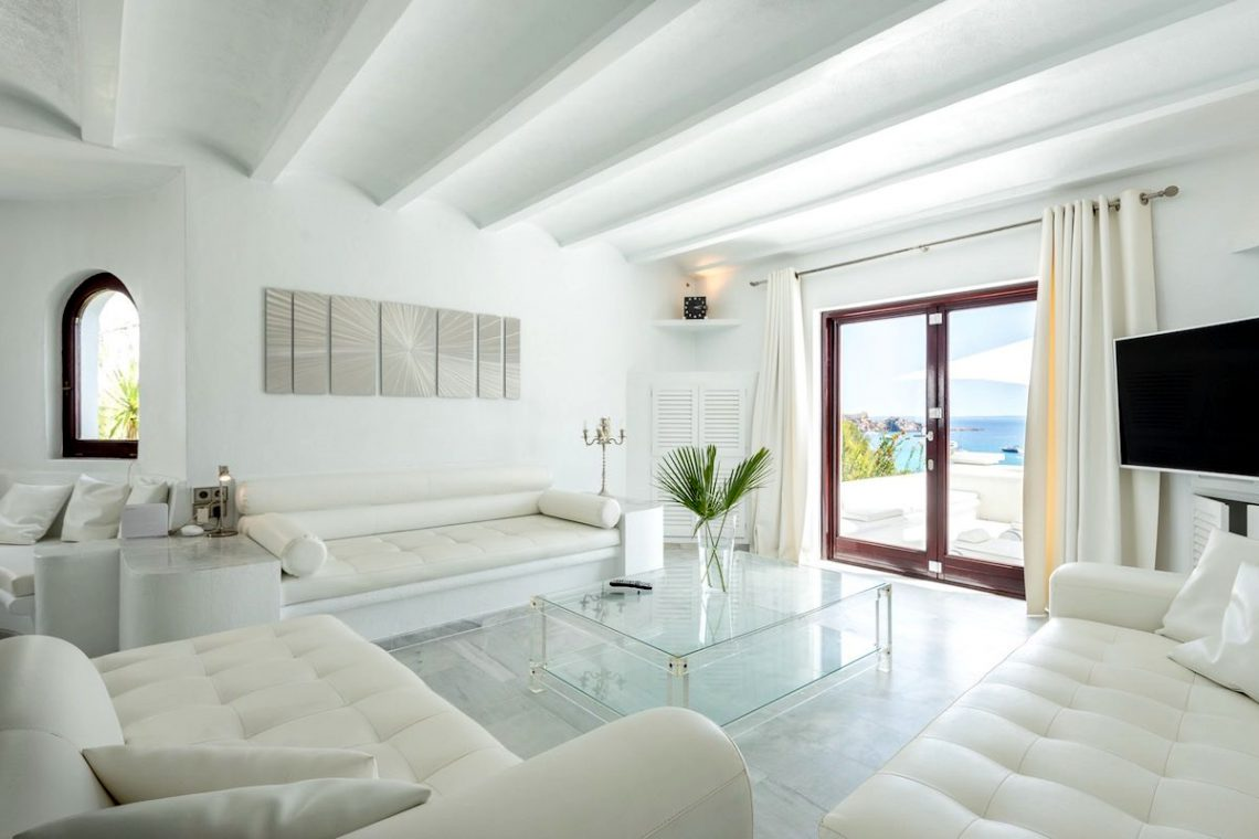 Waterfront luxury villa Ibiza for rent 24