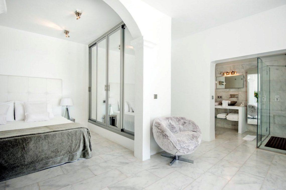 Waterfront luxury villa Ibiza for rent 29