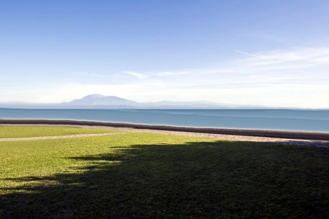 Approved project for waterfront villa Lake Garda in Sirmione 04