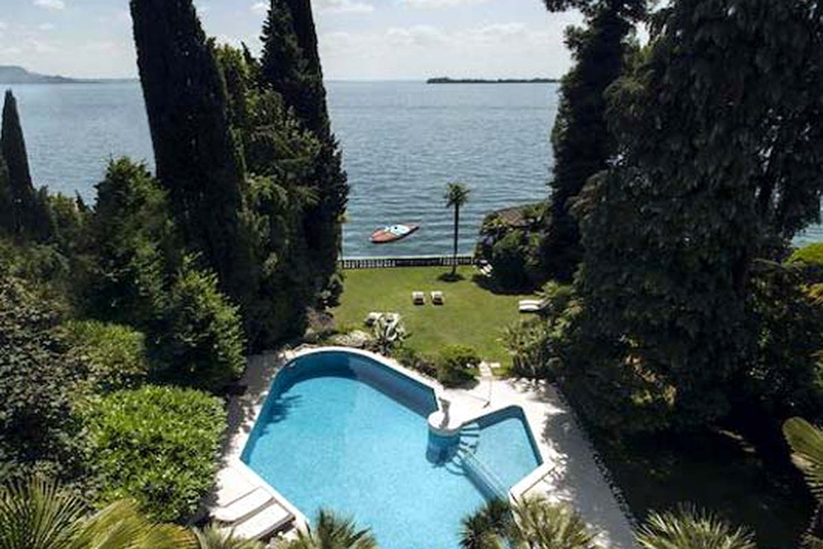 Waterfront Historic Villa Garda Lake for Rent