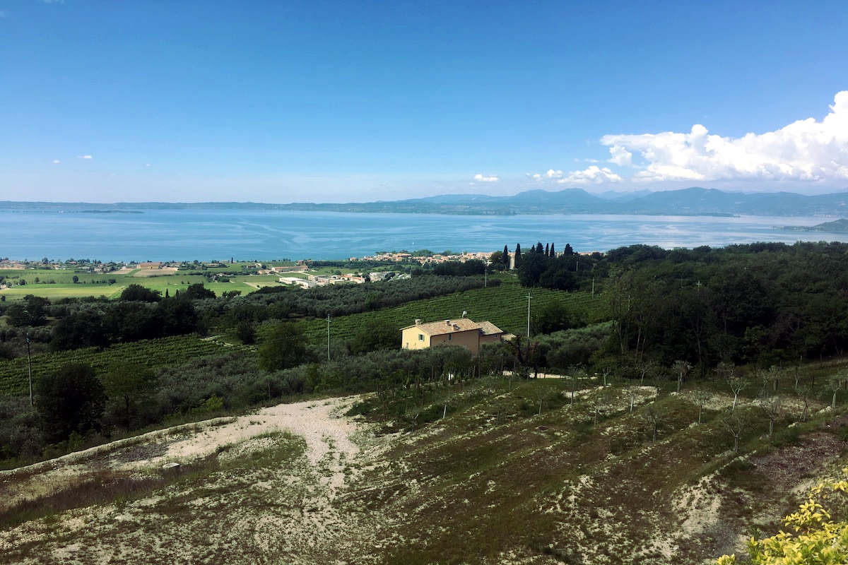 Lake view land plots for sale Lake Garda with building permission