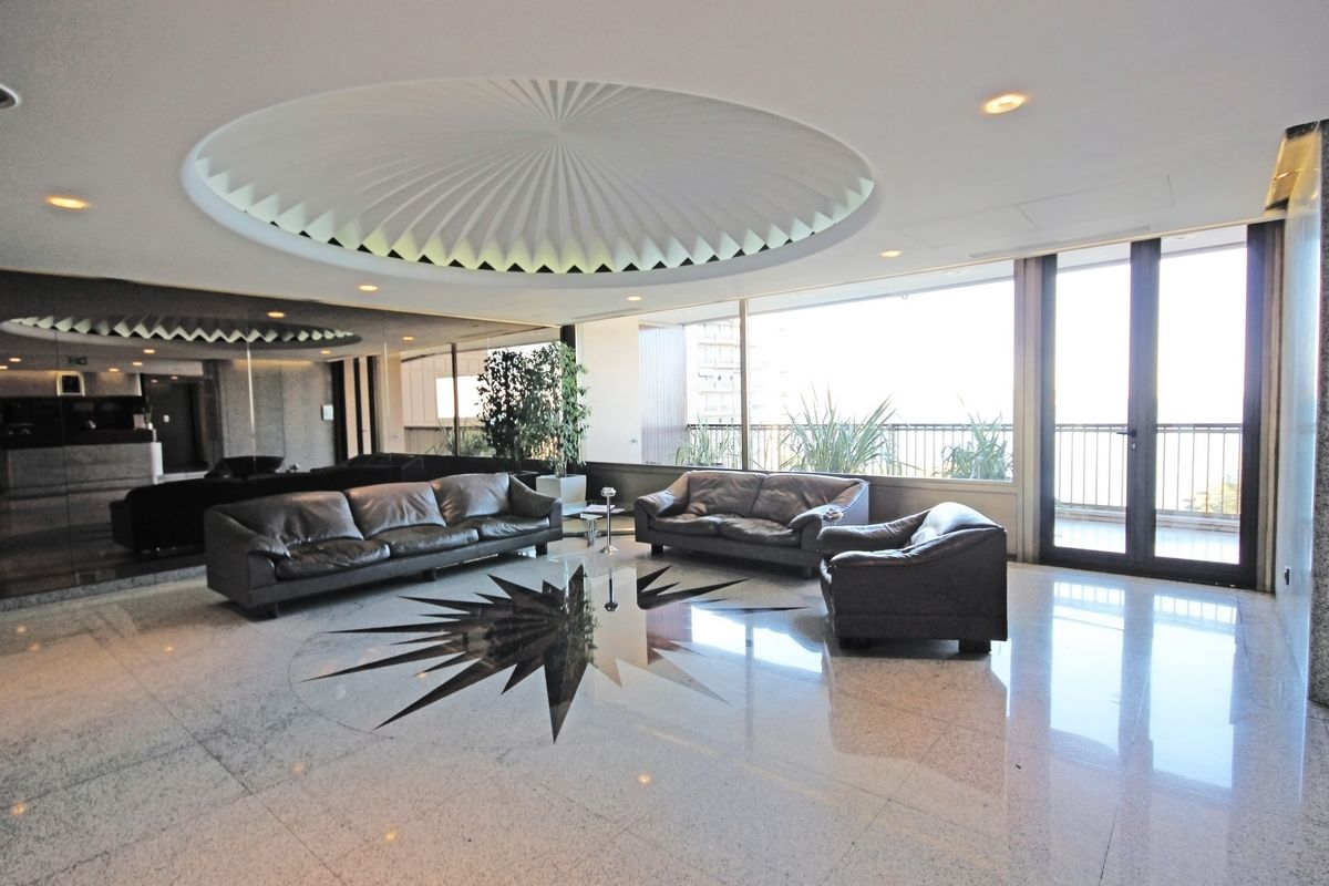 Monaco apartment for sale 100 mt from Casino