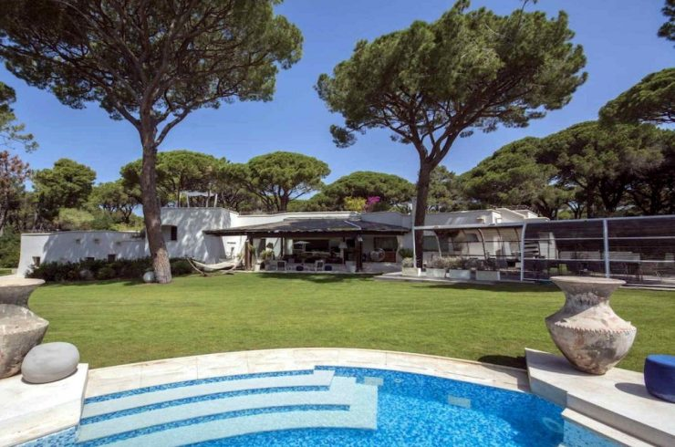 Tuscany waterfront villa for rent in Roccamare