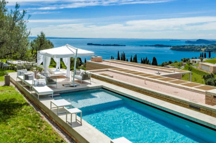Top Luxury Villa on Lake Garda with Guest House