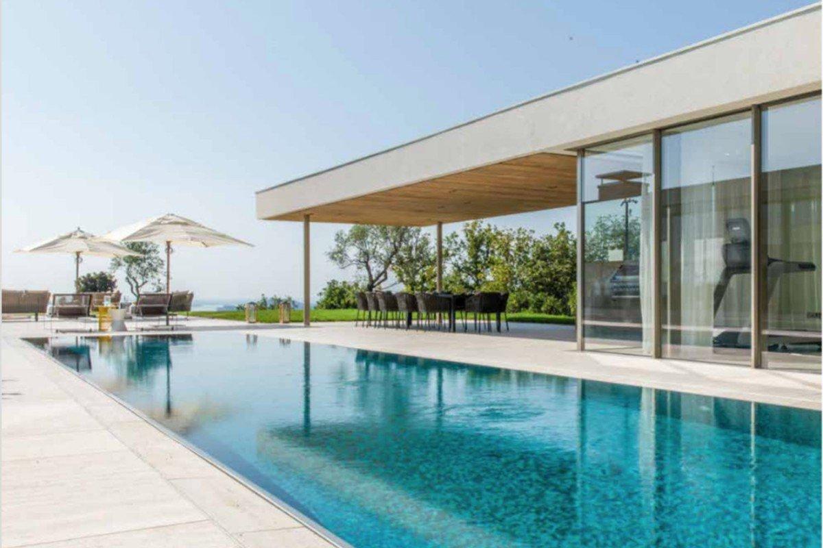 Luxury Villa Sale Lake Garda with 5 Star Service