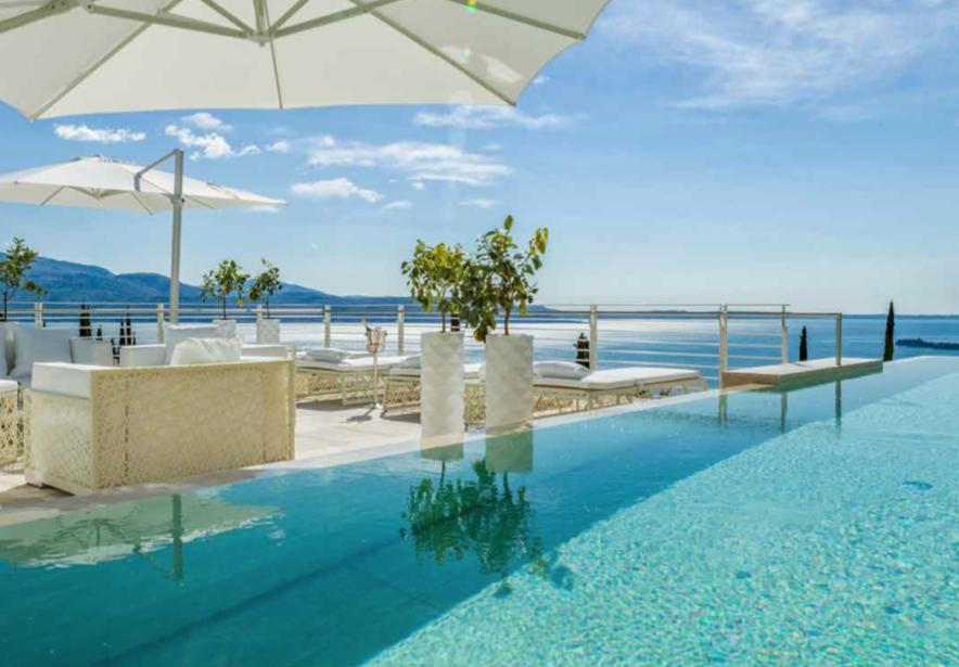 Villa rent Lake Garda 01