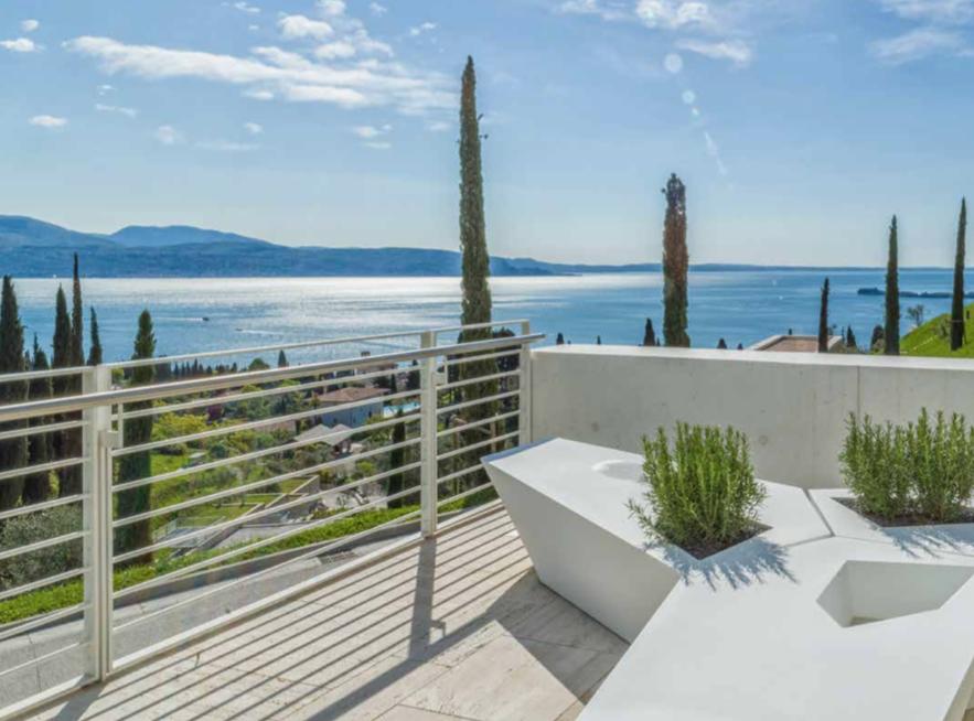 Villa rent Lake Garda 03