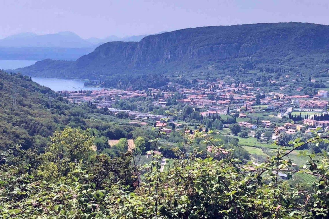 Building land Garda Lake 02