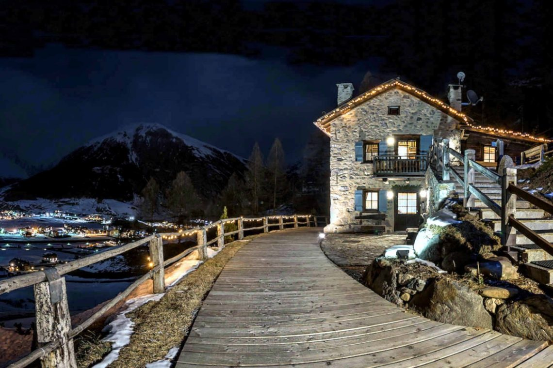 Luxury Chalet in Livigno 07