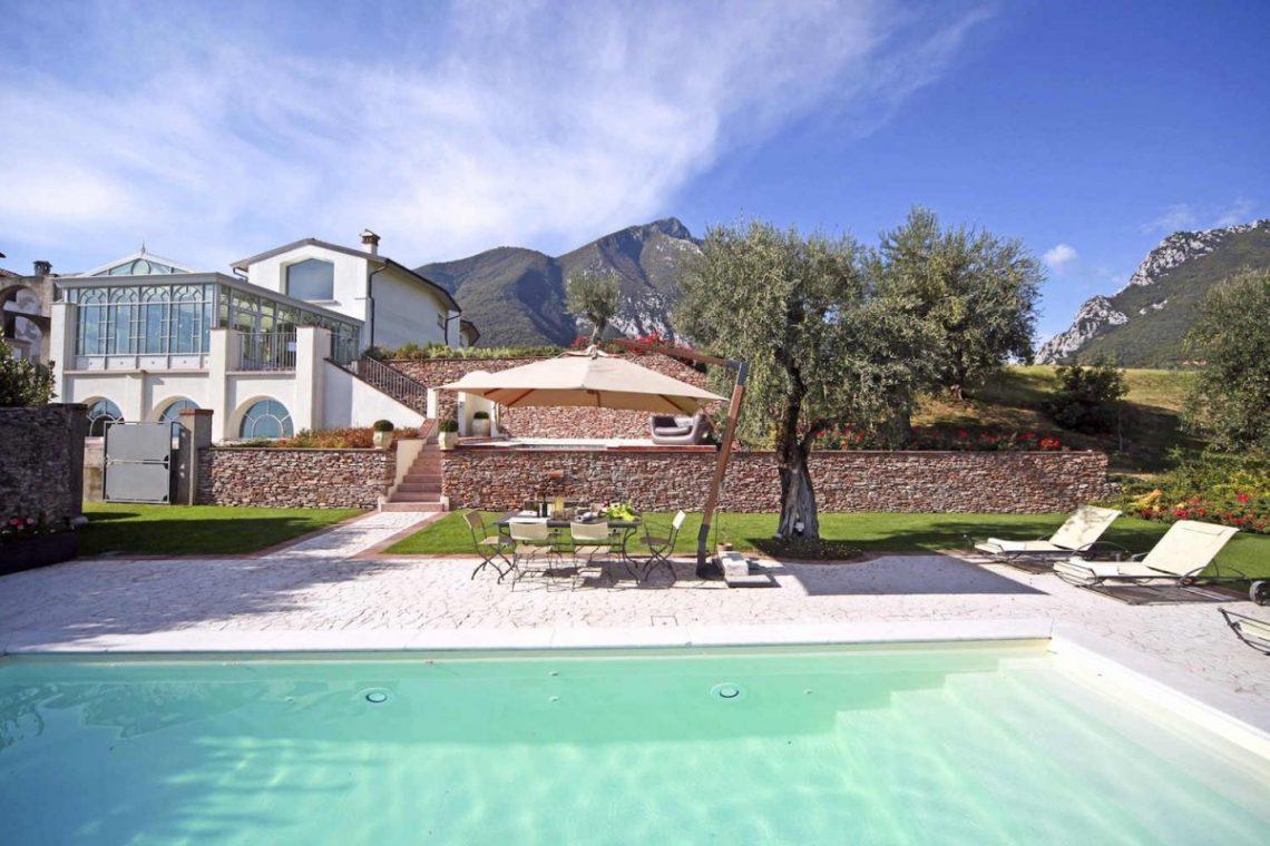 Villa for rentLakeGarda 07