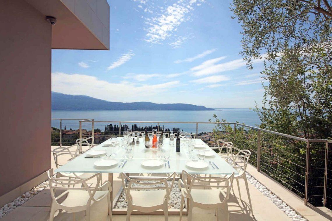 Villa for rent at Lake Garda 07