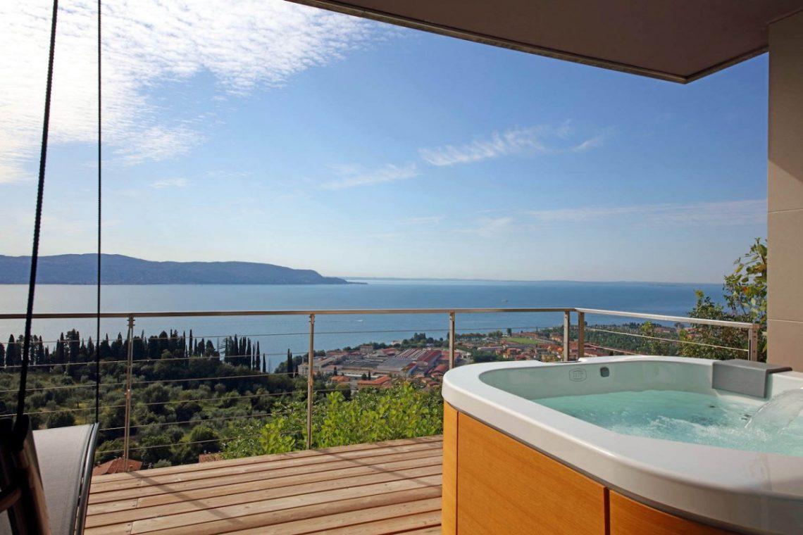 Villa for rent at Lake Garda 08