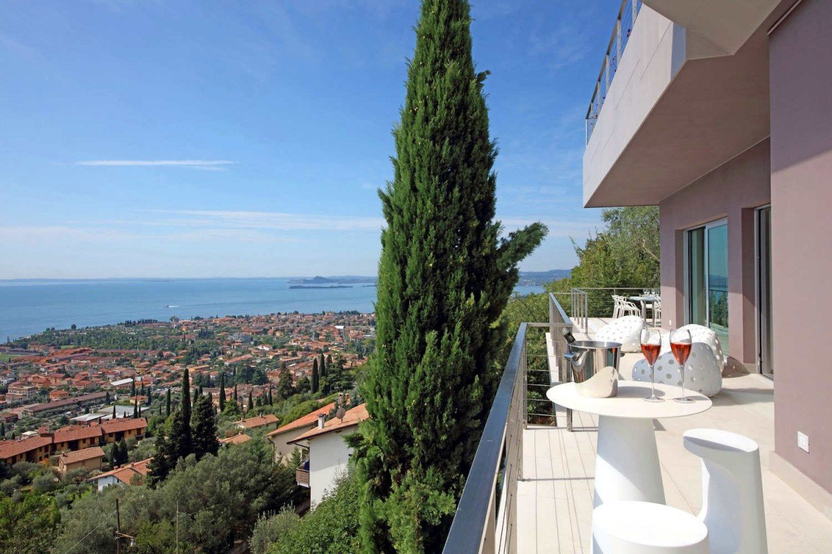 Villa for rent at Lake Garda in Toscolano Maderno