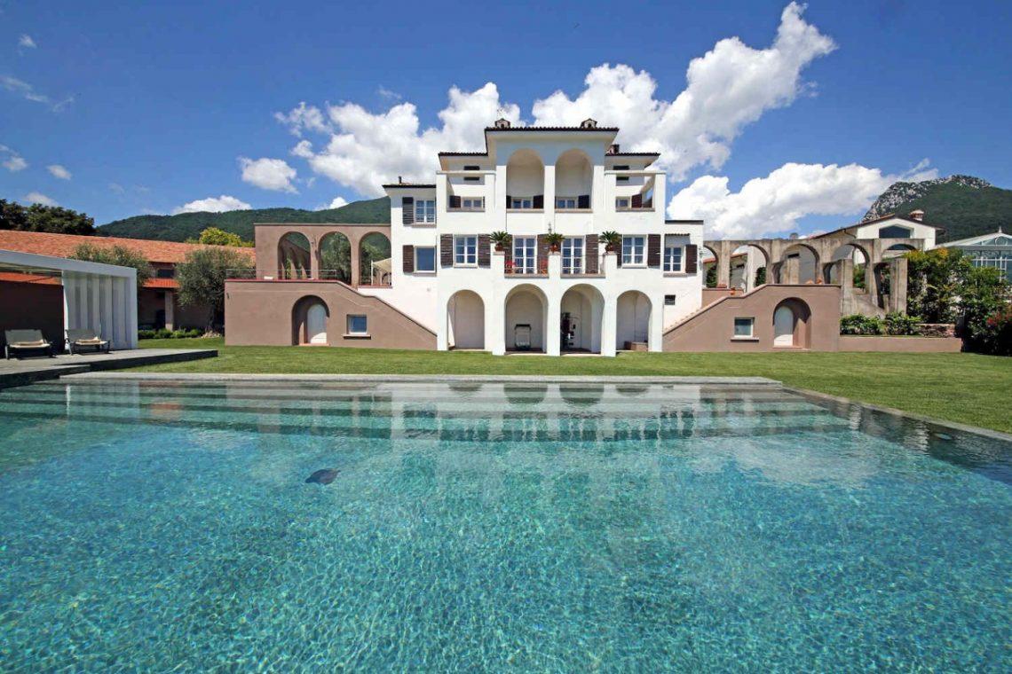 Historic Villa Lake Garda for Rent 05