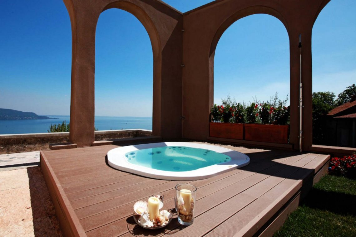 Historic Villa Lake Garda for Rent 06