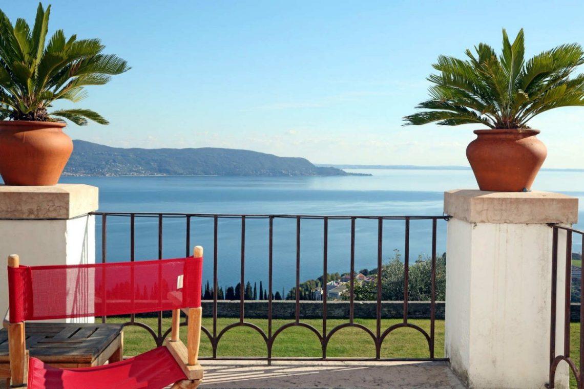 Historic Villa Lake Garda for Rent 09