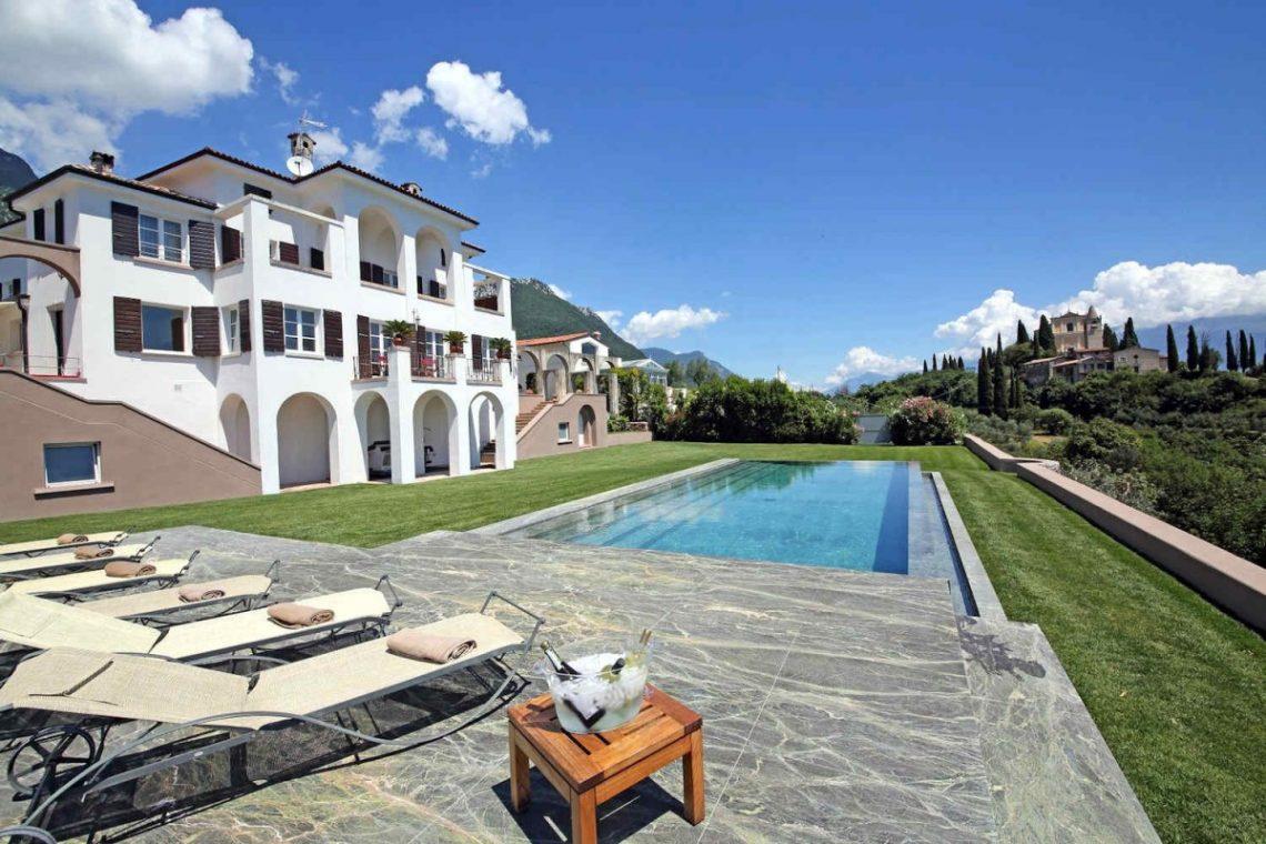 Historic Villa Lake Garda for Rent 10