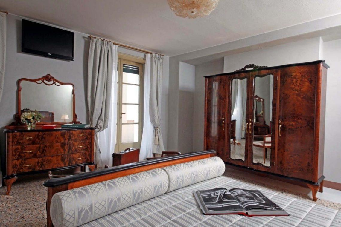 Historic Villa Lake Garda for Rent 20