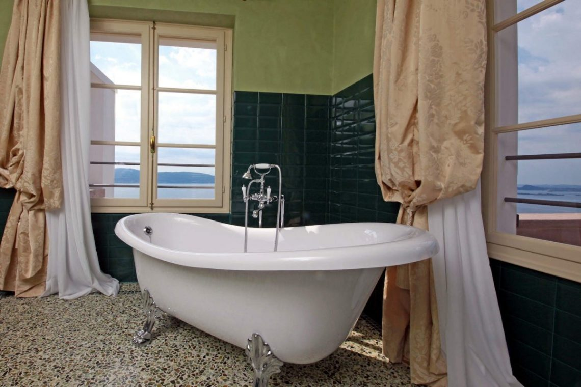 Historic Villa Lake Garda for Rent 21