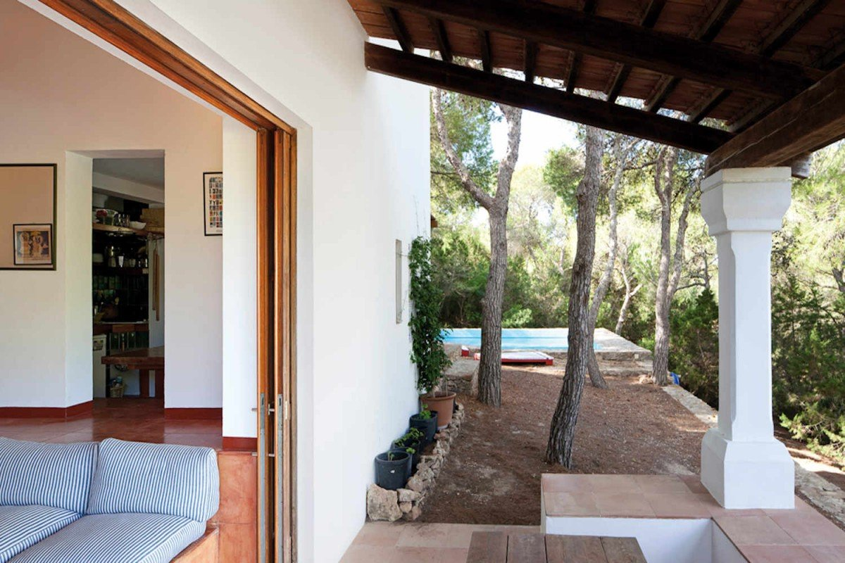 Villa in Formentera for rent direct access to sea