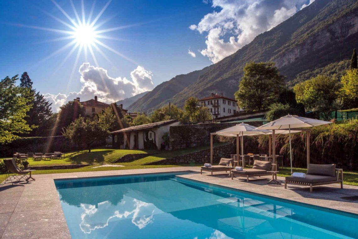 Historical Villa Lake Como 32