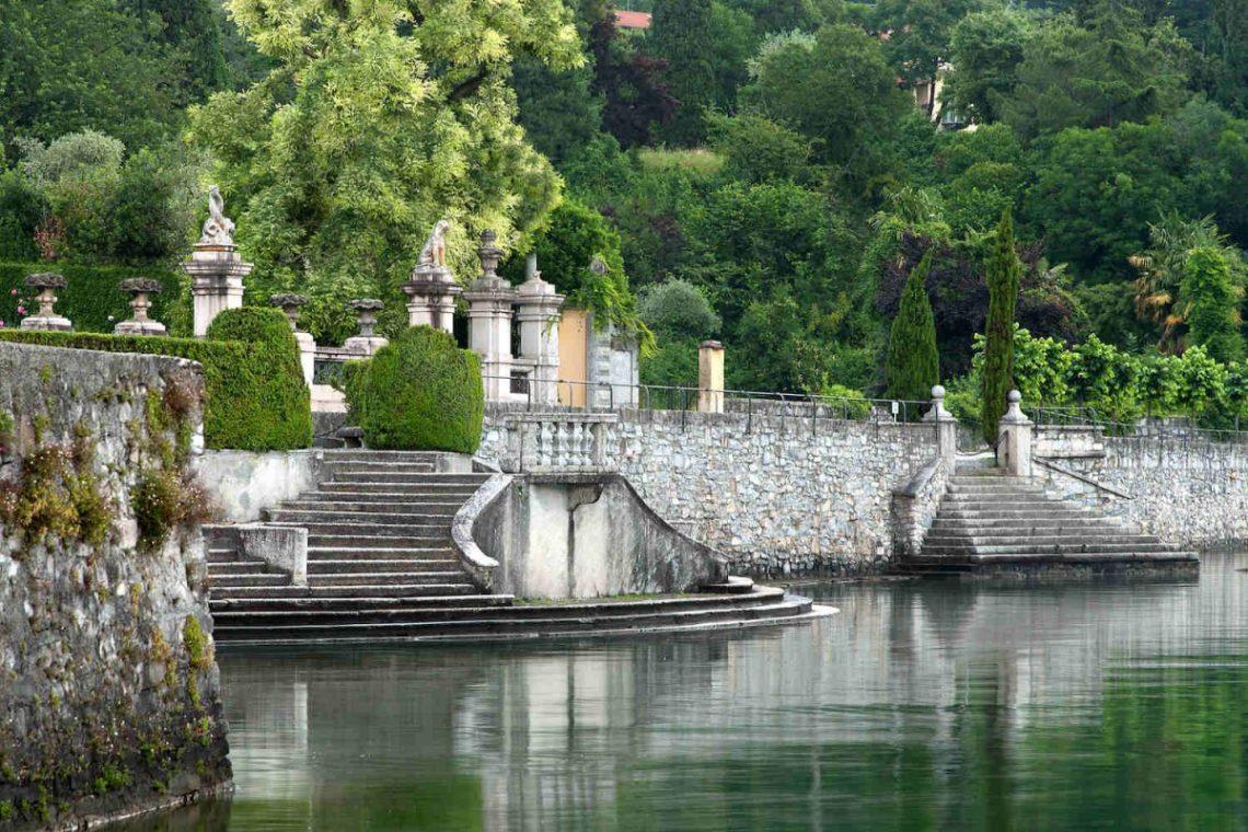 Historical Villa Lake Como 42