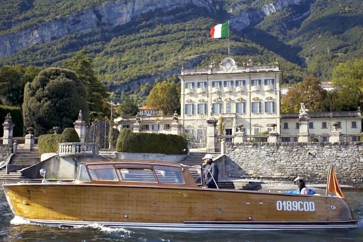Lakefront Historic Villa Lake Como for rent with pool - 45