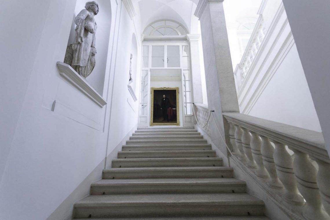 Historic Apartment Vicenza 03