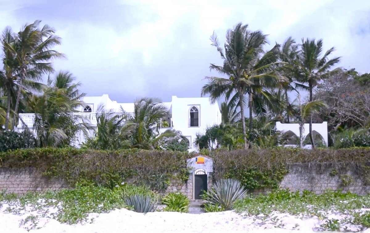 Beachfront villa in Kilifi Kenya for sale
