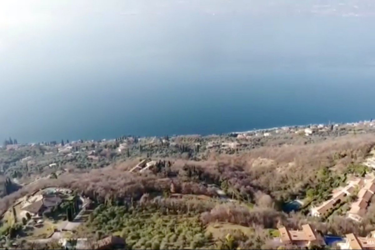 Apartment in Torri del Benaco for sale with stunning views