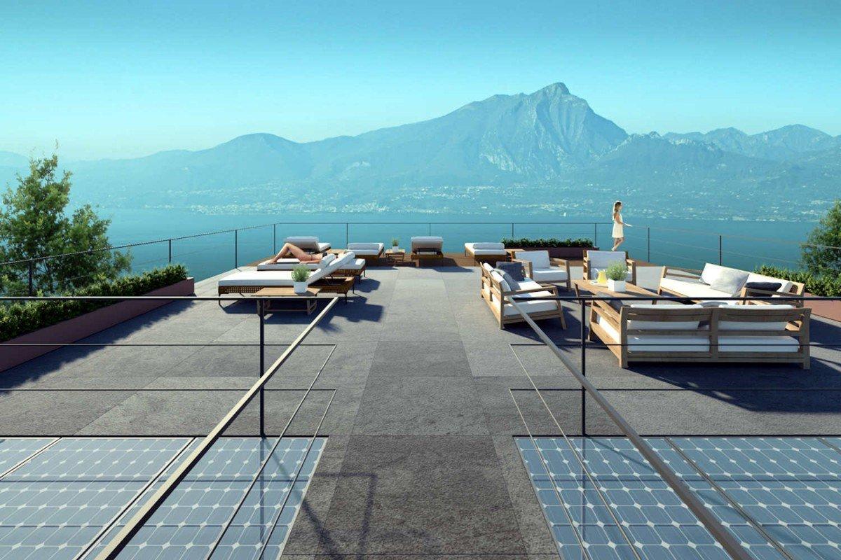 Lake Garda villa lake view for sale with swimming pool